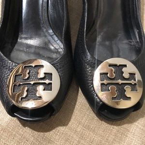 307812a7838 Tory Burch Shoes - Tory Burch Melanie peep toes wedges Wo s Size 7.5